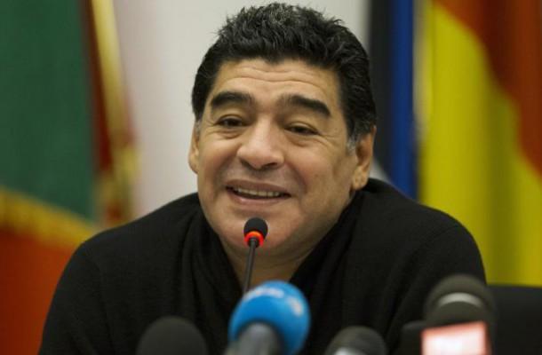 Maradona, l'ennesima uscita infelice: punta il dito contro Zanetti