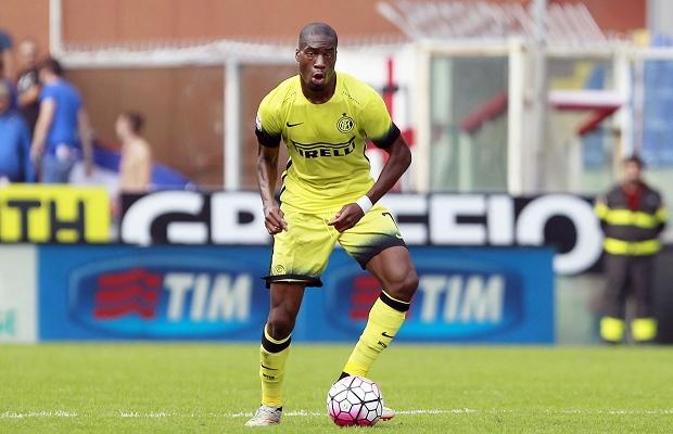 Geoffrey Kondogbia in azione durante Sampdoria-Inter.