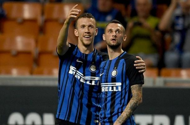 Brozovic-Perisic-Inter-Udinese.jpg