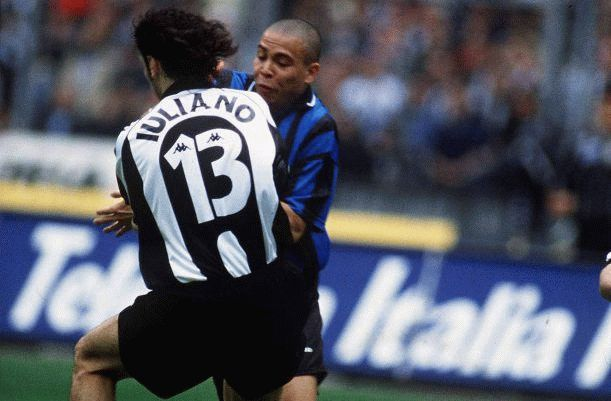 Iuliano Ronaldo Juve-Inter '98