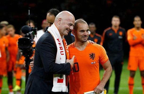 Sneijder Infantino Olanda-Perù