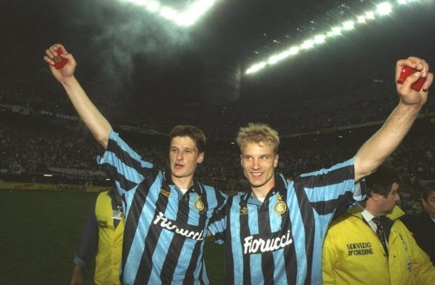 Bergkamp Jonk Inter Coppa UEFA