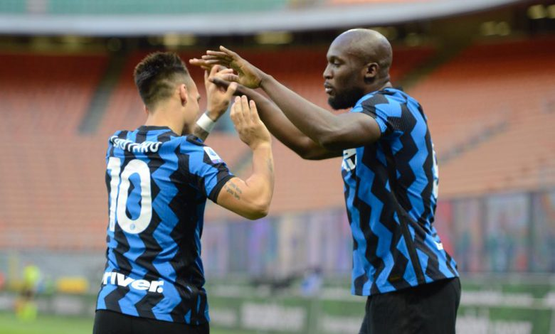 Lautaro Martinez e Romelu Lukaku in Inter-Sassuolo (Photo by Tommaso Fimiano, Copyright Inter-News.it)