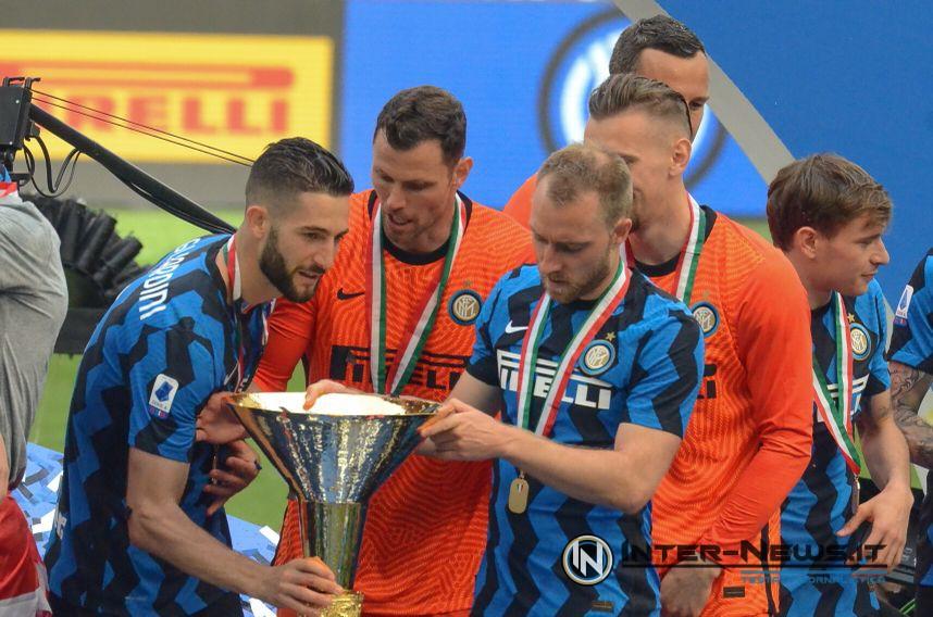 Eriksen, Gagliardini, Padelli, Radu, Barella, Inter, premiazione scudetto 2020-2021, foto di Tommaso Fimiano, Copyright Inter-News,it